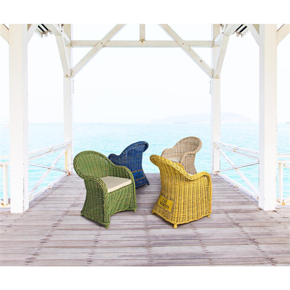 Poltrone colorate poltrona frau sedie da ufficio vittoria for Poltrone giardino economiche