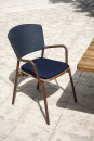 RODA_PIPER_021_armchair_rust_blue_teak_low.jpg